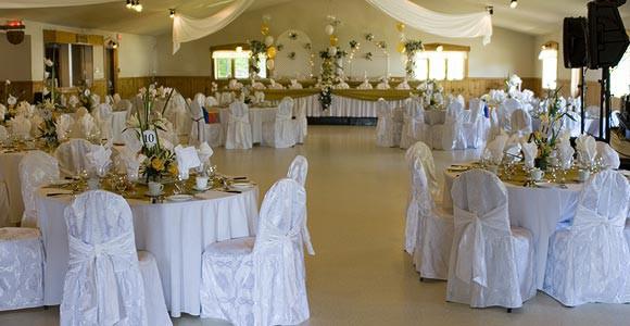 D corer une salle de mariage - Modele decoration mariage ...